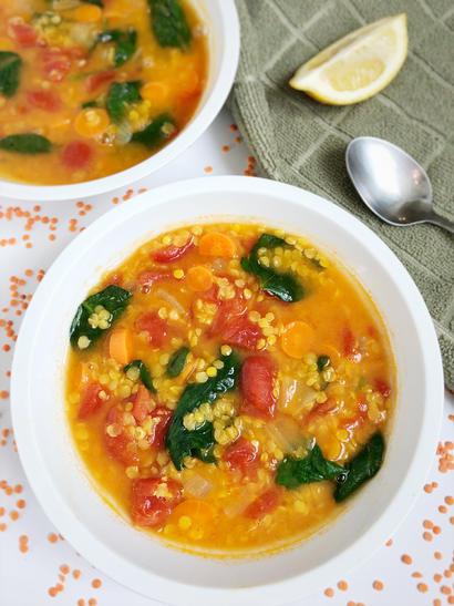lentil soup in 2 bowls