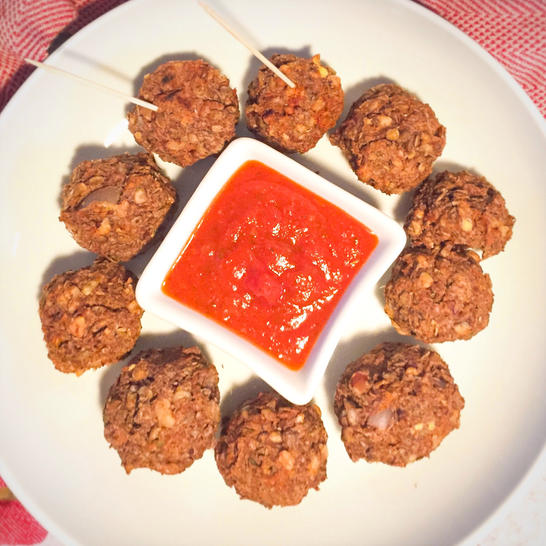 lentil meatballs with sauce